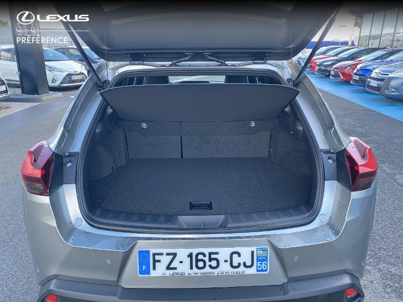 Photo 10 de l'offre de LEXUS UX 250h 2WD Premium Edition MY21 à 34890€ chez Altis - Toyota Vannes