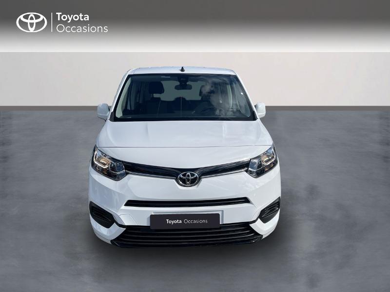 Photo 5 de l'offre de TOYOTA PROACE CITY Verso Medium 1.2 110 VVT-i Dynamic RC21 à 22900€ chez Altis - Toyota Vannes
