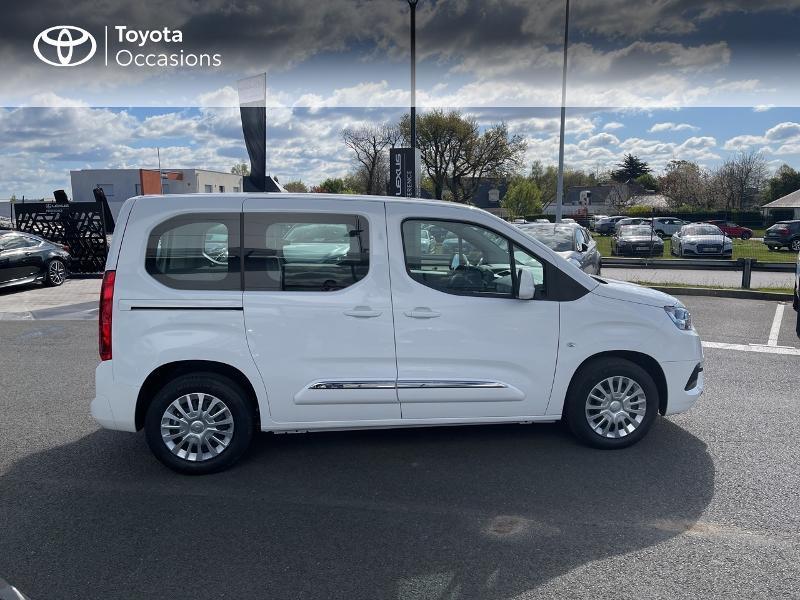 Photo 17 de l'offre de TOYOTA PROACE CITY Verso Medium 1.2 110 VVT-i Dynamic RC21 à 22900€ chez Altis - Toyota Vannes