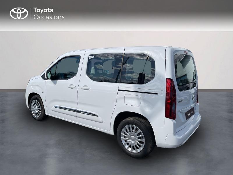 Photo 2 de l'offre de TOYOTA PROACE CITY Verso Medium 1.2 110 VVT-i Dynamic RC21 à 22900€ chez Altis - Toyota Vannes