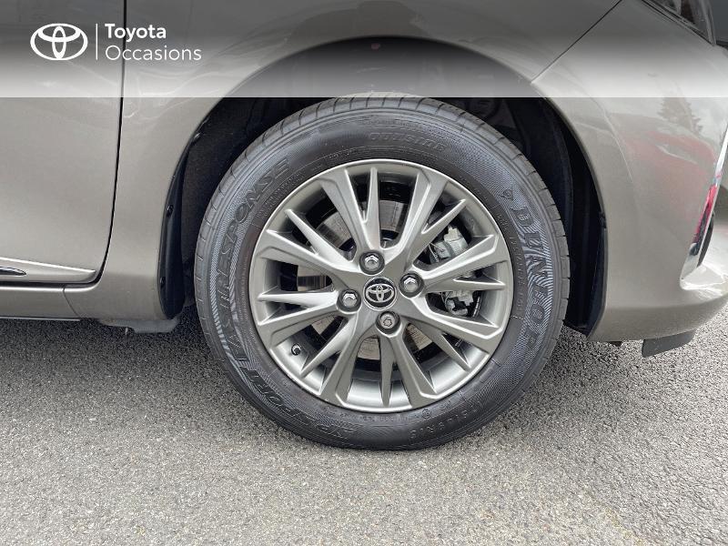 Photo 16 de l'offre de TOYOTA Yaris 100h Dynamic 5p RC18 à 15490€ chez Altis - Toyota Vannes