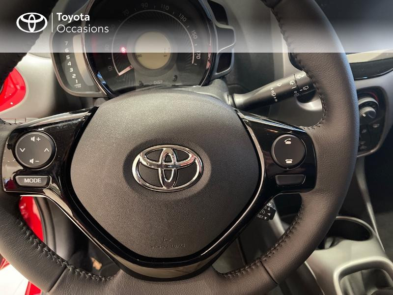 Photo 20 de l'offre de TOYOTA Aygo 1.0 VVT-i 72ch x-play 5p MY20 à 12290€ chez Altis - Toyota Vannes