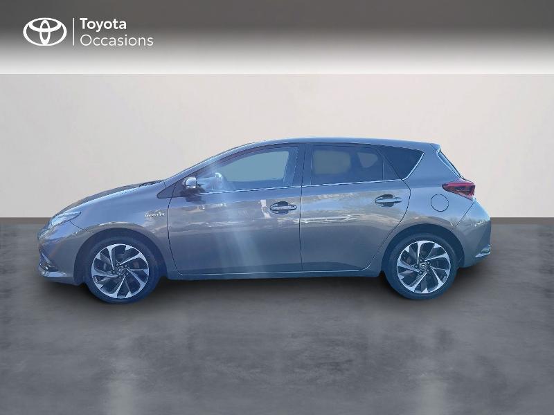 Photo 3 de l'offre de TOYOTA Auris HSD 136h Design à 15890€ chez Altis - Toyota Vannes