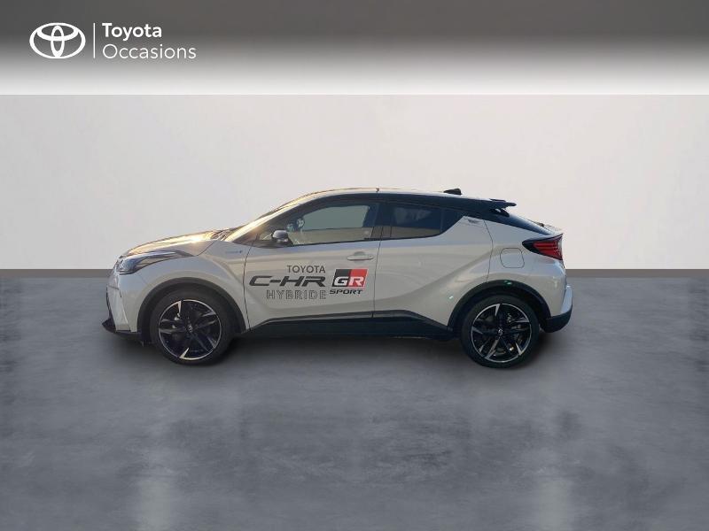 Photo 3 de l'offre de TOYOTA C-HR 184h GR-Sport 2WD E-CVT MY20 à 32890€ chez Altis - Toyota Vannes