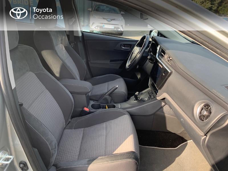 Photo 6 de l'offre de TOYOTA Auris HSD 136h Collection RC18 à 15980€ chez Altis - Toyota Vannes