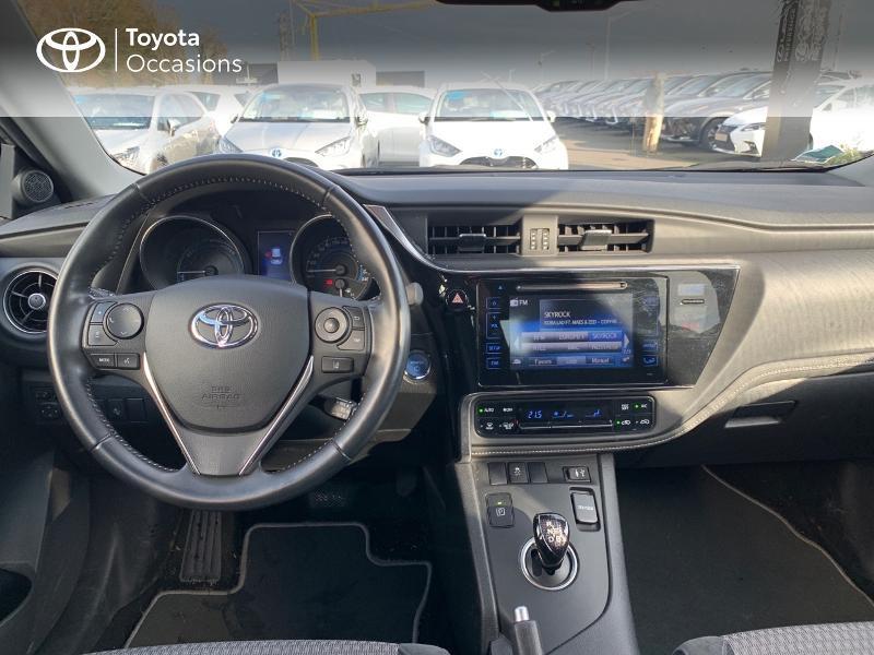Photo 8 de l'offre de TOYOTA Auris HSD 136h Collection RC18 à 15980€ chez Altis - Toyota Vannes