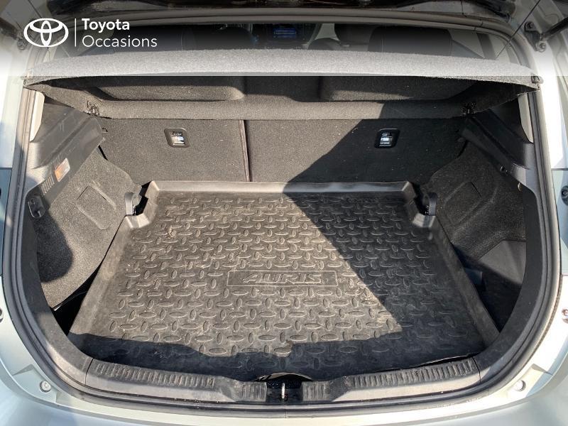 Photo 10 de l'offre de TOYOTA Auris HSD 136h Collection RC18 à 15980€ chez Altis - Toyota Vannes