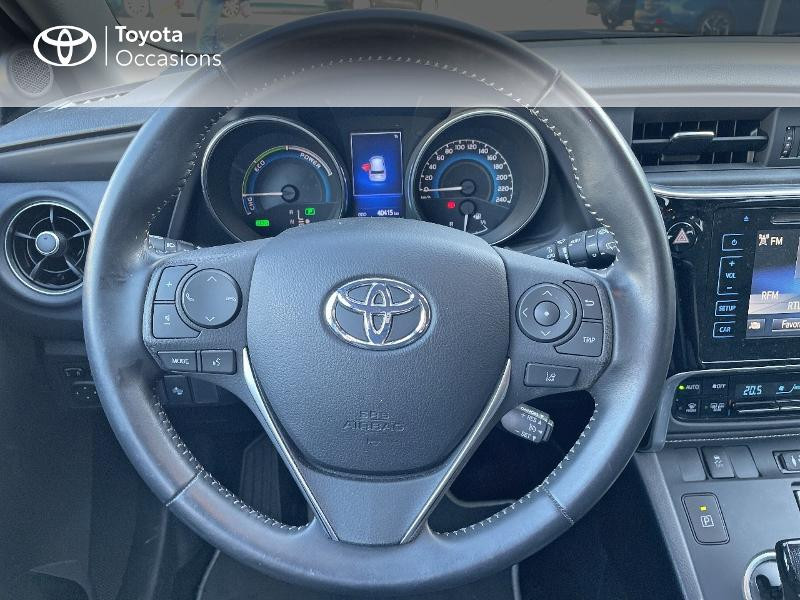 Photo 9 de l'offre de TOYOTA Auris HSD 136h Design à 15890€ chez Altis - Toyota Vannes