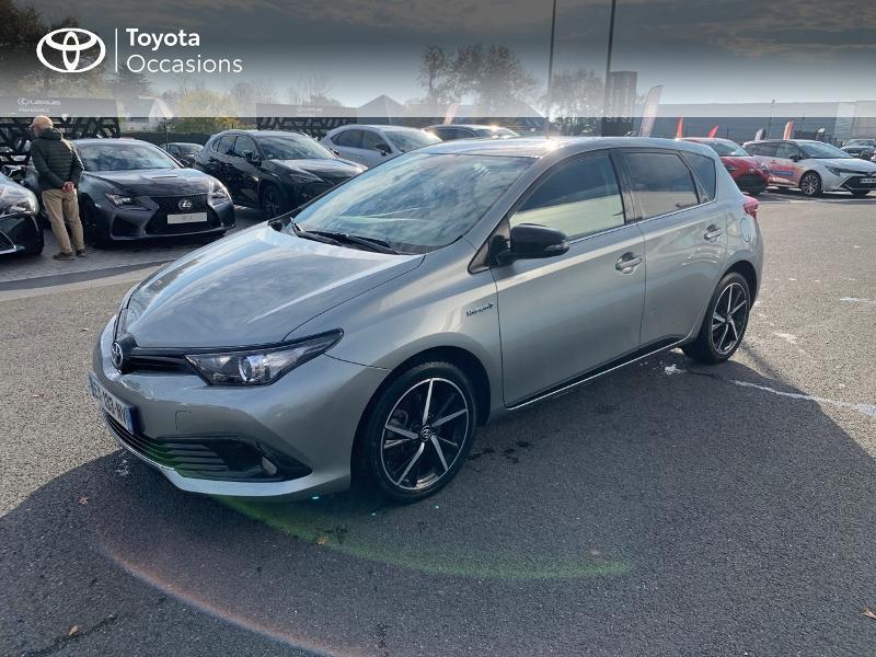 Photo 1 de l'offre de TOYOTA Auris HSD 136h Collection RC18 à 15980€ chez Altis - Toyota Vannes