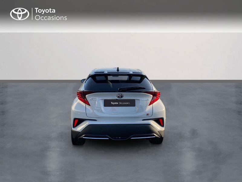 Photo 4 de l'offre de TOYOTA C-HR 184h GR-Sport 2WD E-CVT MY20 à 32890€ chez Altis - Toyota Vannes
