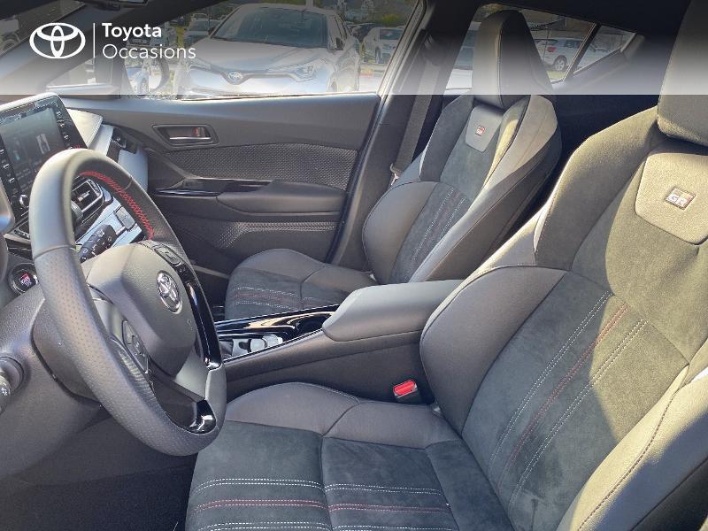 Photo 11 de l'offre de TOYOTA C-HR 184h GR-Sport 2WD E-CVT MY20 à 32890€ chez Altis - Toyota Vannes