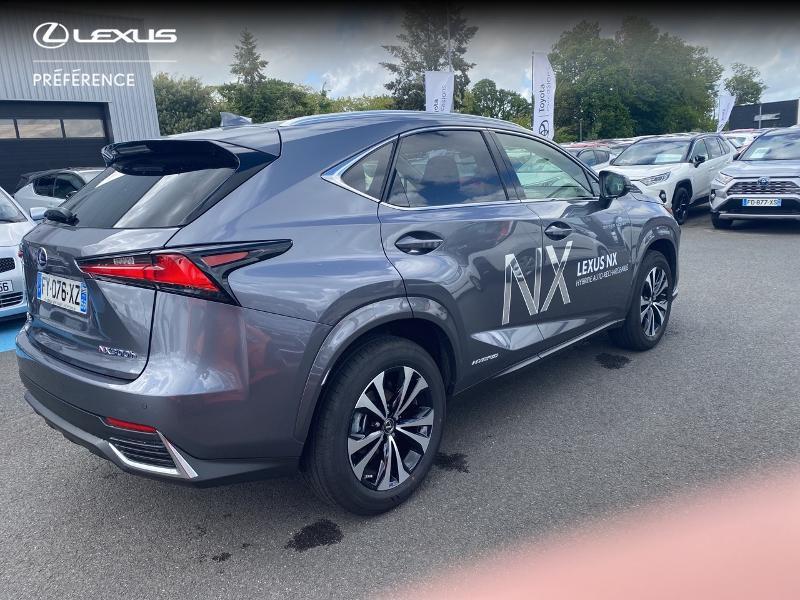 Photo 18 de l'offre de LEXUS NX 300h 2WD Design MY21 à 46890€ chez Altis - Toyota Vannes