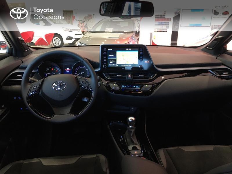 Photo 8 de l'offre de TOYOTA C-HR 184h Collection 2WD E-CVT MY20 à 35490€ chez Altis - Toyota Vannes