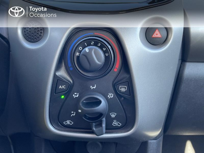 Photo 19 de l'offre de TOYOTA Aygo 1.0 VVT-i 69ch x-play 5p à 8980€ chez Altis - Toyota Vannes