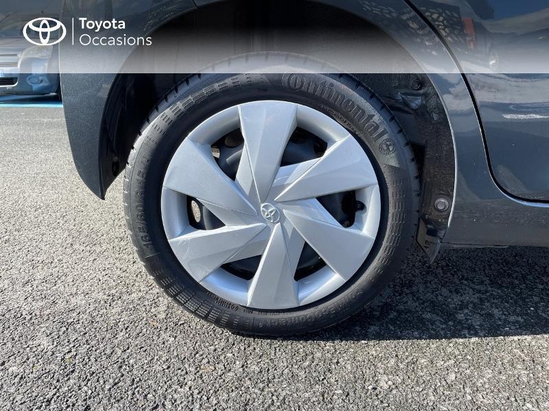 Photo 16 de l'offre de TOYOTA Aygo 1.0 VVT-i 69ch x-play 5p à 8980€ chez Altis - Toyota Vannes