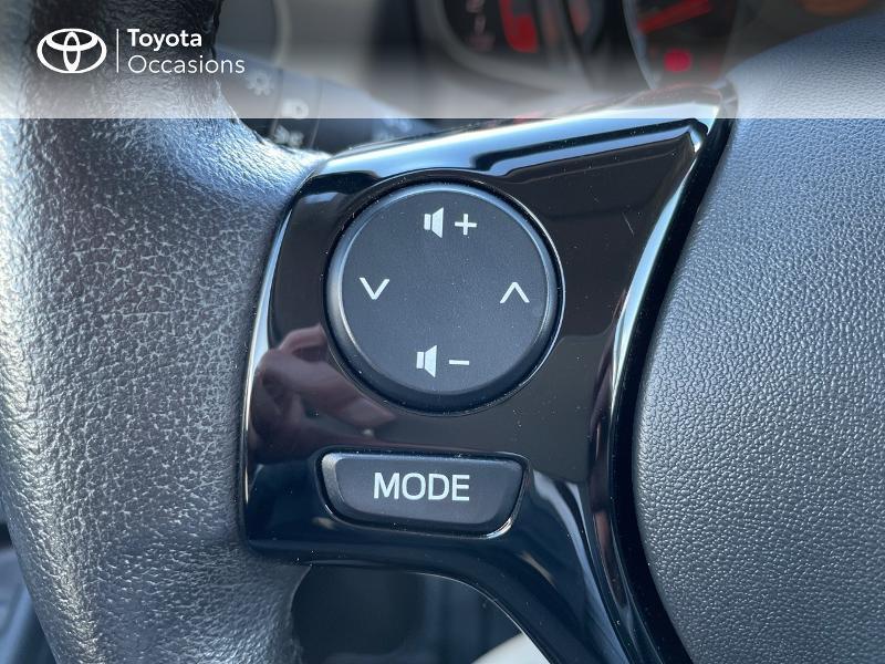 Photo 22 de l'offre de TOYOTA Aygo 1.0 VVT-i 69ch x-play 5p à 8980€ chez Altis - Toyota Vannes