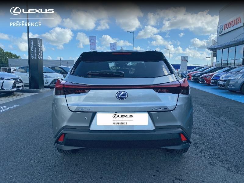 Photo 27 de l'offre de LEXUS UX 250h 2WD Premium Edition MY21 à 34890€ chez Altis - Toyota Vannes
