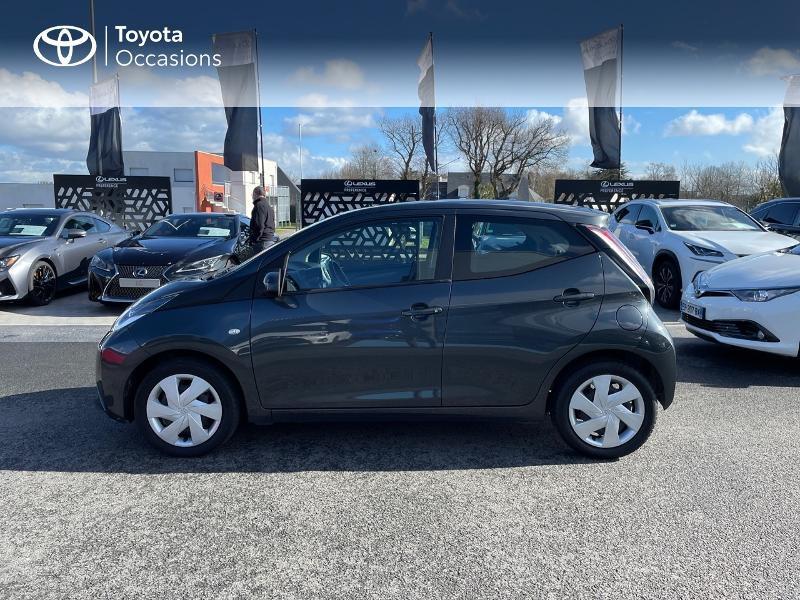 Photo 27 de l'offre de TOYOTA Aygo 1.0 VVT-i 69ch x-play 5p à 8980€ chez Altis - Toyota Vannes