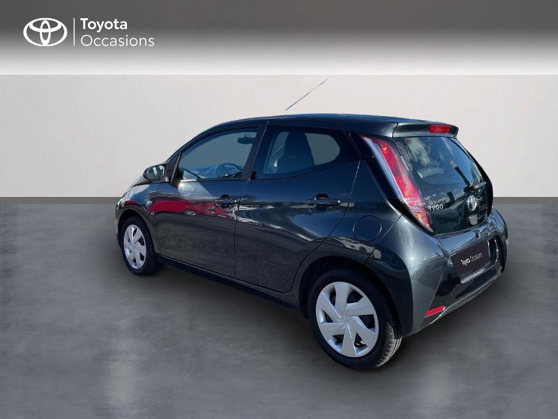 Photo 2 de l'offre de TOYOTA Aygo 1.0 VVT-i 69ch x-play 5p à 8980€ chez Altis - Toyota Vannes
