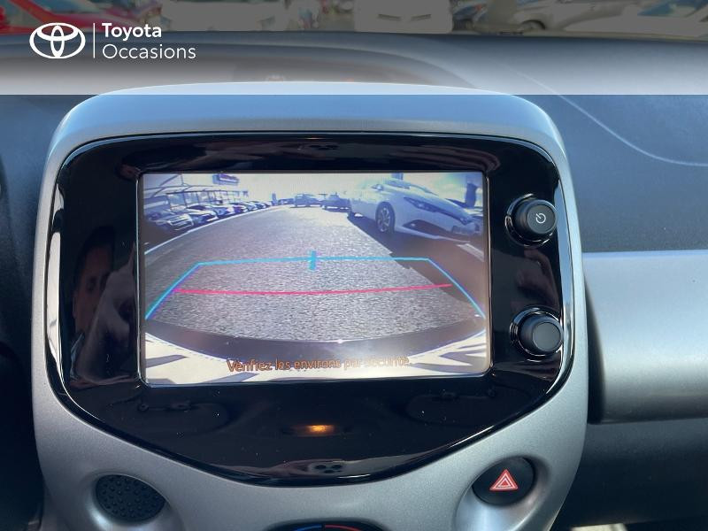Photo 18 de l'offre de TOYOTA Aygo 1.0 VVT-i 69ch x-play 5p à 8980€ chez Altis - Toyota Vannes