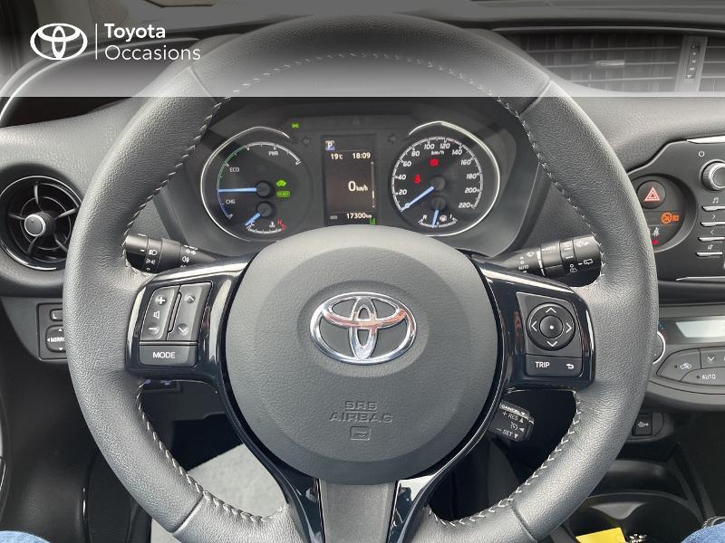 Photo 9 de l'offre de TOYOTA Yaris 100h Dynamic 5p RC18 à 15490€ chez Altis - Toyota Vannes