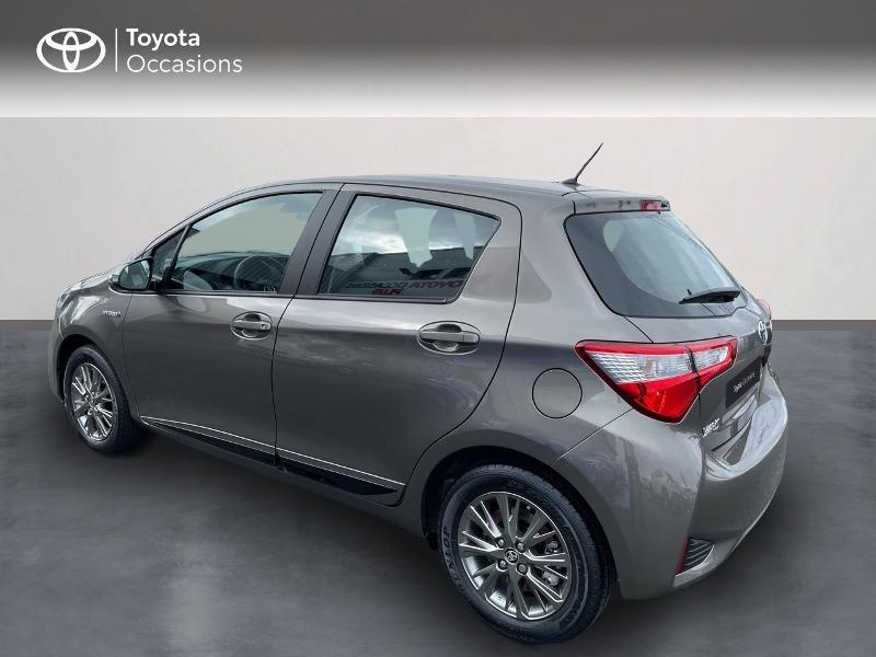 Photo 2 de l'offre de TOYOTA Yaris 100h Dynamic 5p RC18 à 15490€ chez Altis - Toyota Vannes