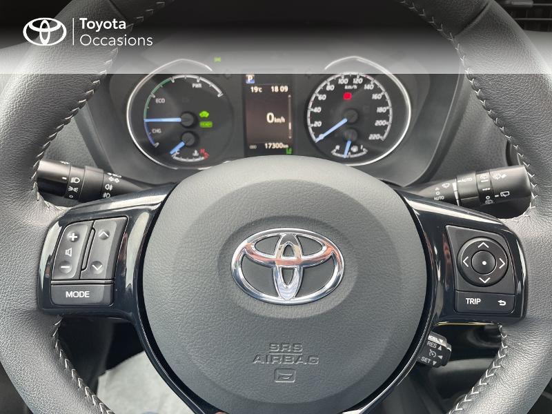 Photo 13 de l'offre de TOYOTA Yaris 100h Dynamic 5p RC18 à 15490€ chez Altis - Toyota Vannes