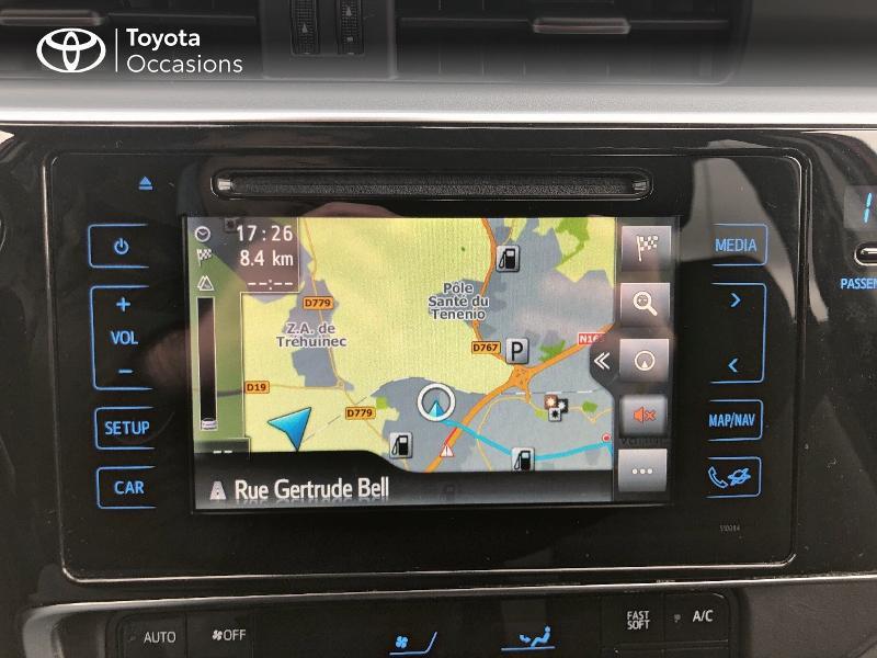 Photo 15 de l'offre de TOYOTA Auris HSD 136h Design RC18 à 18990€ chez Altis - Toyota Vannes