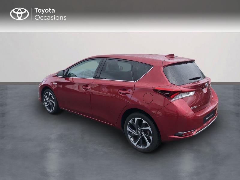 Photo 2 de l'offre de TOYOTA Auris HSD 136h Design RC18 à 18990€ chez Altis - Toyota Vannes