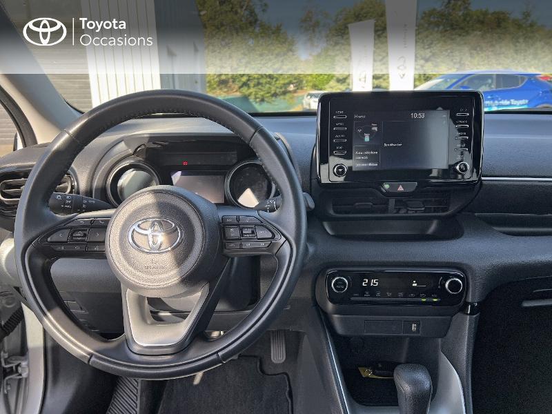 Photo 8 de l'offre de TOYOTA Yaris 116h Design 5p à 20890€ chez Altis - Toyota Vannes