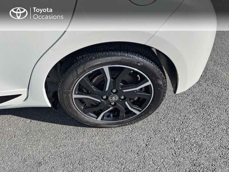 Photo 16 de l'offre de TOYOTA Yaris 100h Collection 5p à 14980€ chez Altis - Toyota Vannes