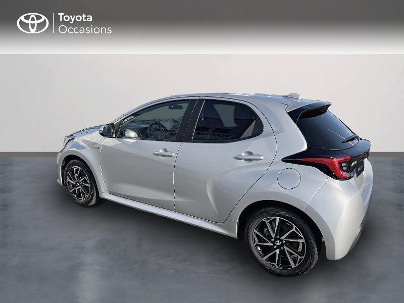 Photo 2 de l'offre de TOYOTA Yaris 116h Design 5p à 20890€ chez Altis - Toyota Vannes