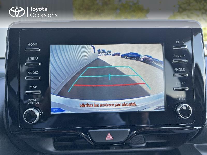 Photo 18 de l'offre de TOYOTA Yaris 116h Design 5p à 20890€ chez Altis - Toyota Vannes