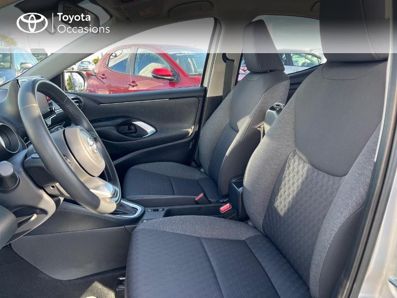 Photo 11 de l'offre de TOYOTA Yaris 116h Design 5p à 20890€ chez Altis - Toyota Vannes
