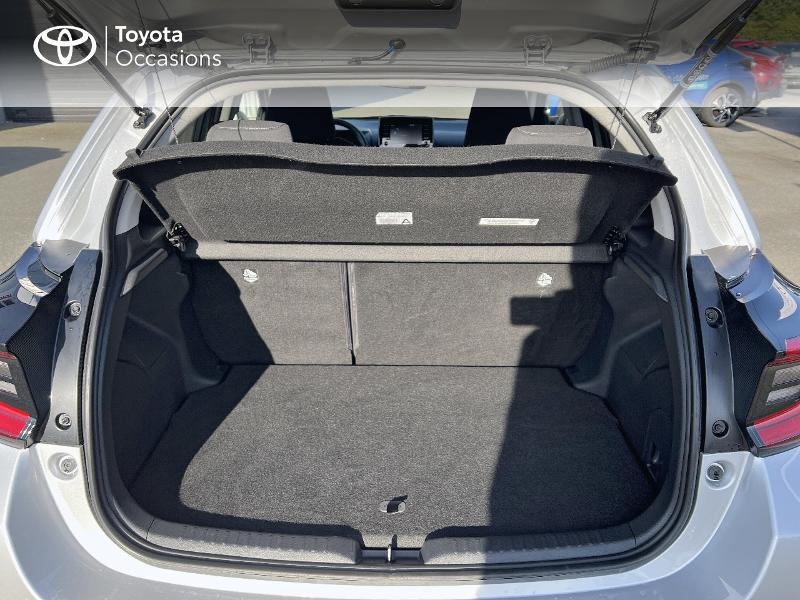 Photo 10 de l'offre de TOYOTA Yaris 116h Design 5p à 20890€ chez Altis - Toyota Vannes