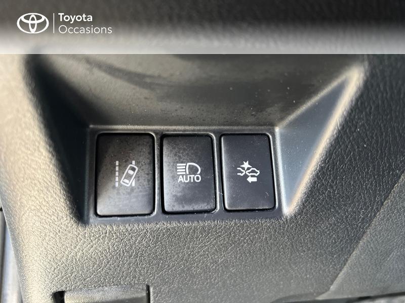 Photo 6 de l'offre de TOYOTA Yaris 100h Collection 5p à 14980€ chez Altis - Toyota Vannes