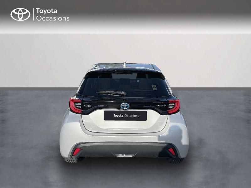 Photo 4 de l'offre de TOYOTA Yaris 116h Design 5p à 20890€ chez Altis - Toyota Vannes