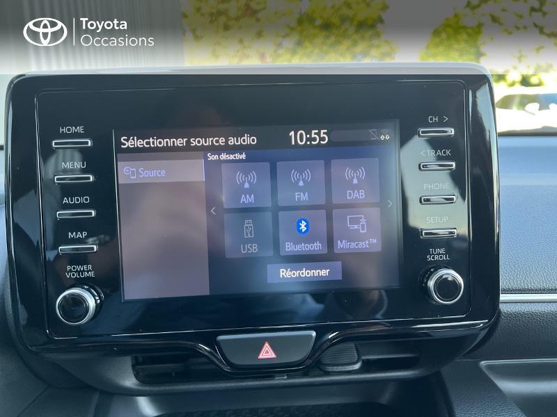 Photo 15 de l'offre de TOYOTA Yaris 116h Design 5p à 20890€ chez Altis - Toyota Vannes