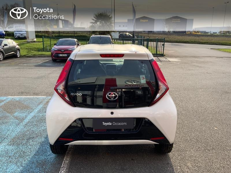 Photo 28 de l'offre de TOYOTA Aygo 1.0 VVT-i 72ch x-play 5p MY20 à 12490€ chez Altis - Toyota Pontivy