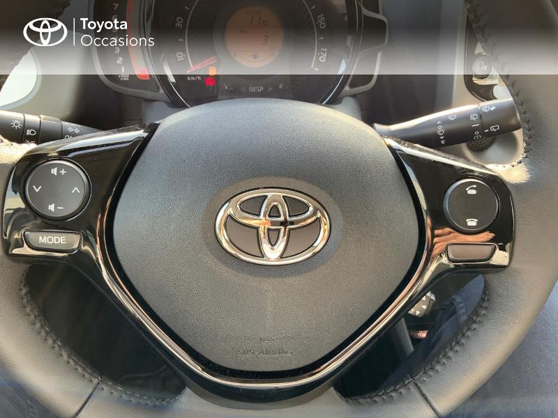 Photo 23 de l'offre de TOYOTA Aygo 1.0 VVT-i 72ch x-play 5p MY20 à 12490€ chez Altis - Toyota Pontivy