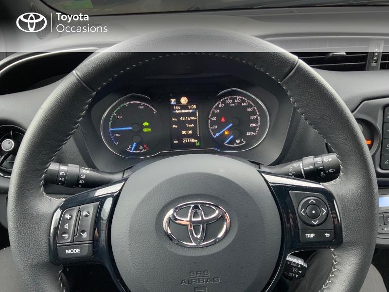 Photo 11 de l'offre de TOYOTA Yaris 100h Collection 5p MY19 à 17490€ chez Altis - Toyota Pontivy