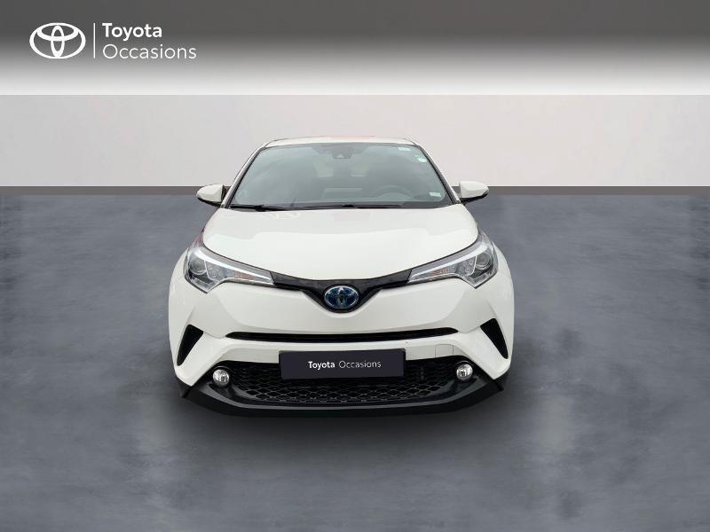 Photo 5 de l'offre de TOYOTA C-HR 122h Edition 2WD E-CVT RC18 à 21980€ chez Altis - Toyota Pontivy