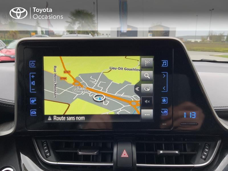 Photo 15 de l'offre de TOYOTA C-HR 122h Edition 2WD E-CVT RC18 à 21980€ chez Altis - Toyota Pontivy