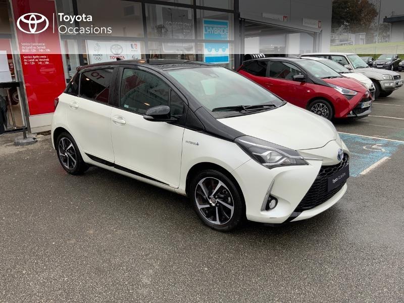 Photo 1 de l'offre de TOYOTA Yaris 100h Collection 5p MY19 à 17490€ chez Altis - Toyota Pontivy