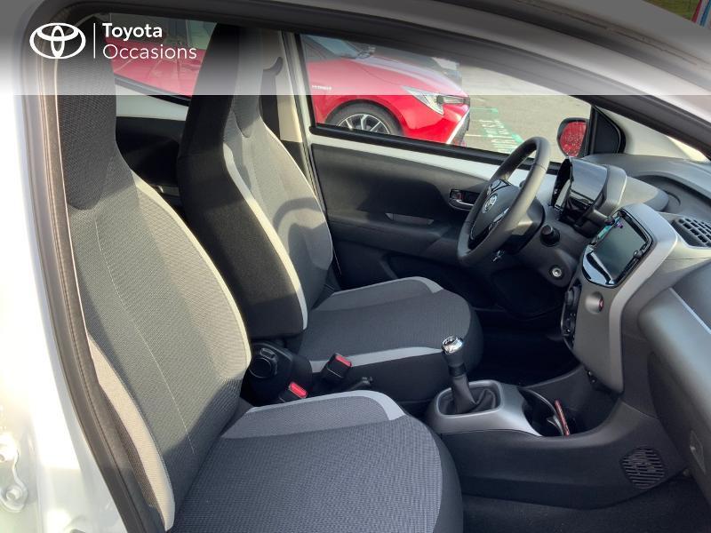 Photo 8 de l'offre de TOYOTA Aygo 1.0 VVT-i 72ch x-play 5p MY20 à 12490€ chez Altis - Toyota Pontivy