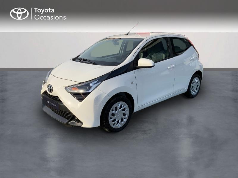 Photo 1 de l'offre de TOYOTA Aygo 1.0 VVT-i 72ch x-play 5p MY20 à 12490€ chez Altis - Toyota Pontivy