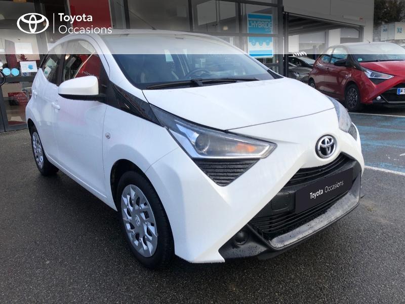 Photo 18 de l'offre de TOYOTA Aygo 1.0 VVT-i 72ch x-play x-app 5p à 9490€ chez Altis - Toyota Pontivy