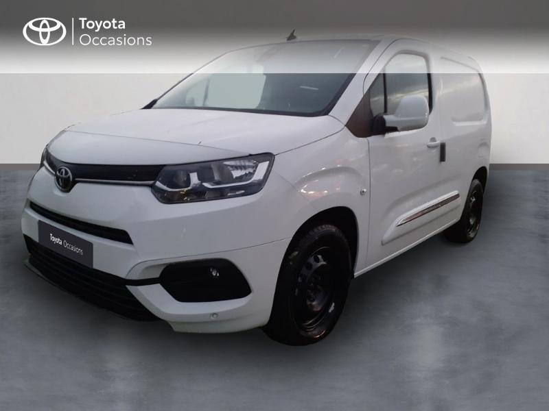 Photo 1 de l'offre de TOYOTA PROACE CITY Medium 130 D-4D Business à 23290€ chez Altis - Toyota Pontivy
