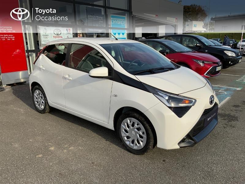 Photo 3 de l'offre de TOYOTA Aygo 1.0 VVT-i 72ch x-play 5p MY20 à 12490€ chez Altis - Toyota Pontivy