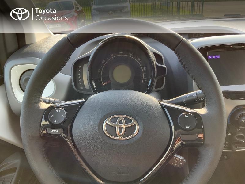 Photo 20 de l'offre de TOYOTA Aygo 1.0 VVT-i 72ch x-play 5p MY20 à 12490€ chez Altis - Toyota Pontivy